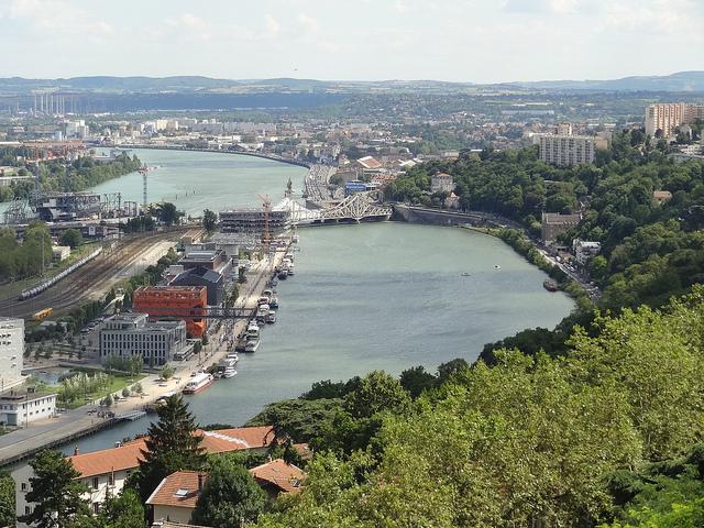 Lyon - C D _Fr