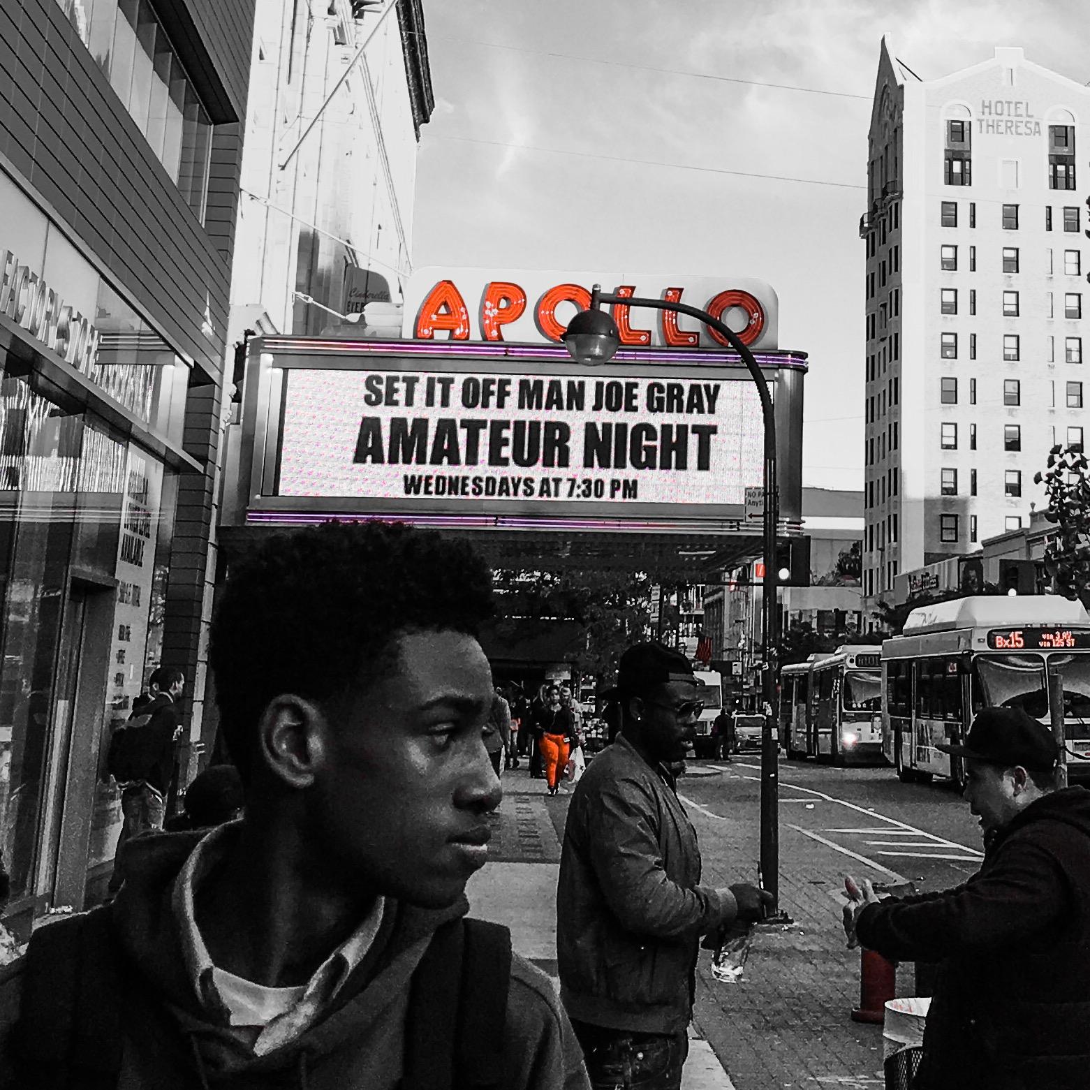 Apollo Amateur Night street scene 2015