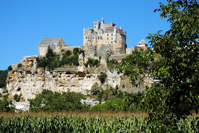 Dordogne_pug_girl2