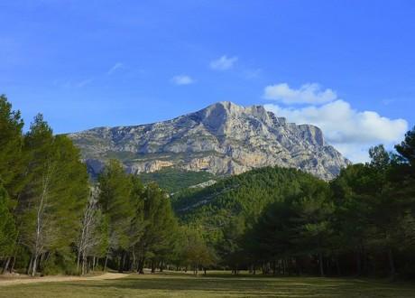 mountain-1171668_640