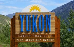 Entering_the_Yukon_Territory_of_Canada-min