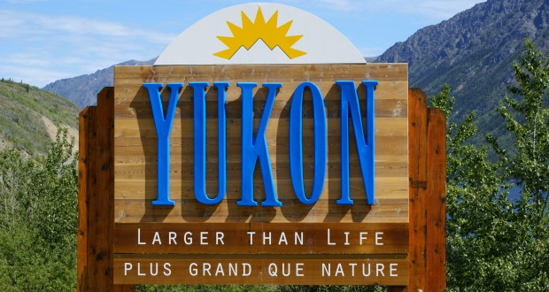 Entering_the_Yukon_Territory_of_Canada-min