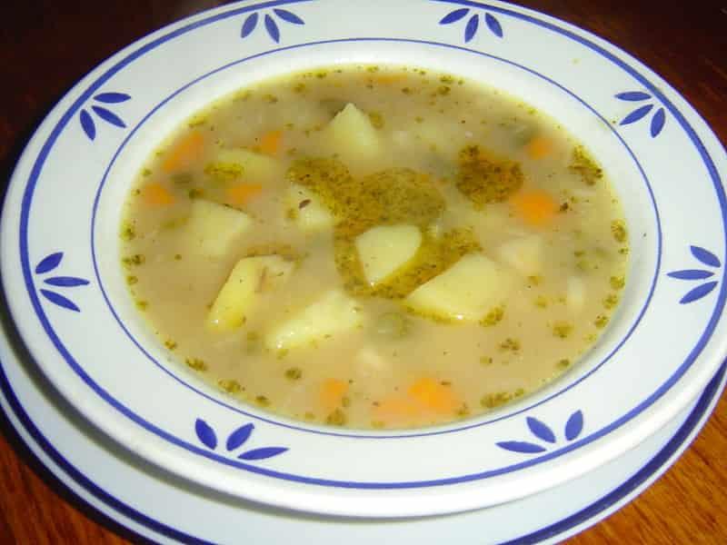 Bramborová polévka-min