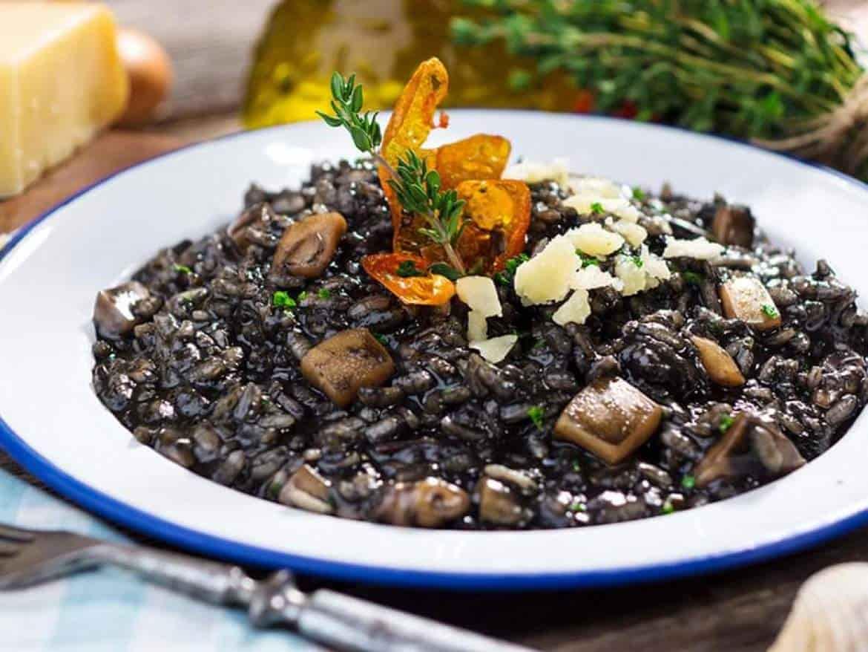 Crni rižot-min