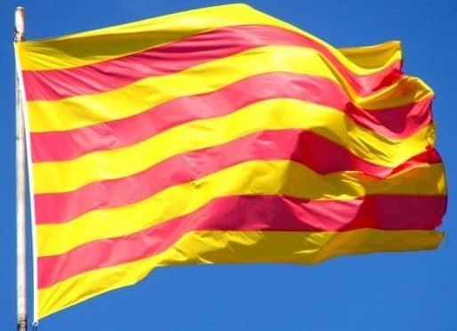 drapeau-catalan-min