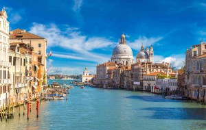 Venise_Italie_Panorama_Canal Grande in Venice, Italy_97112444-min
