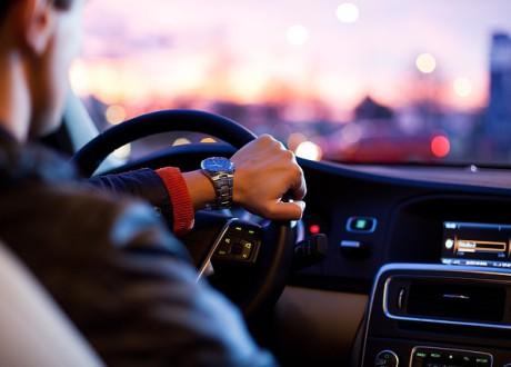 driver-1149997_640