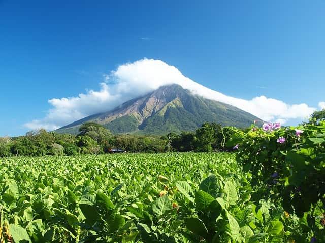 volcano-2259249_640-min