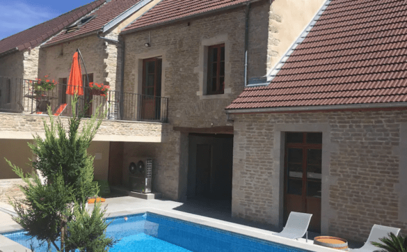Airbnb avec piscine à Dijon