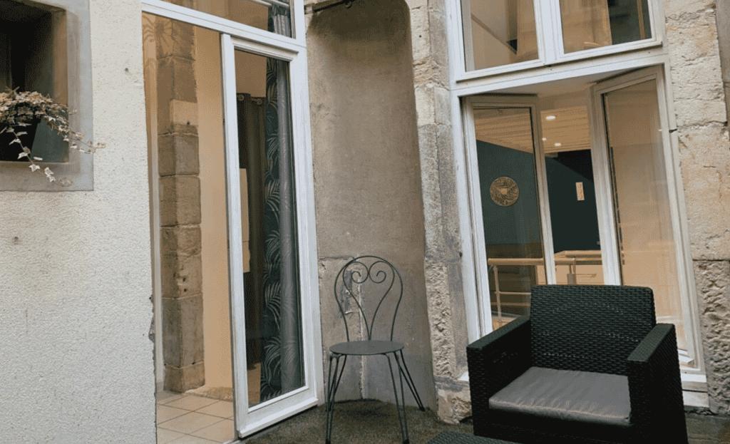 Appartement cour dans centre Dijon