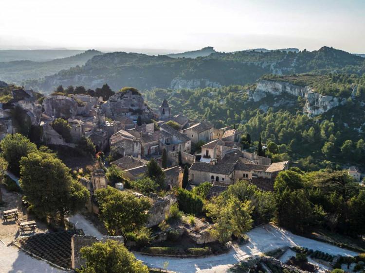 Les Baux de Provence © Jaakko Kemppainen - unsplash