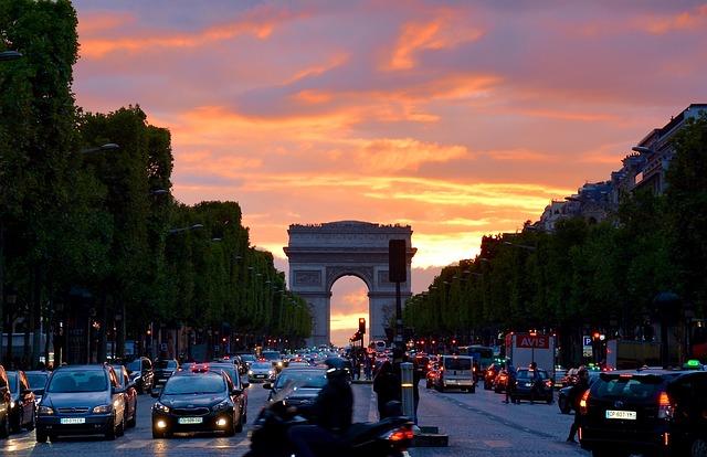 Paris Arc de triomphe_maddiee