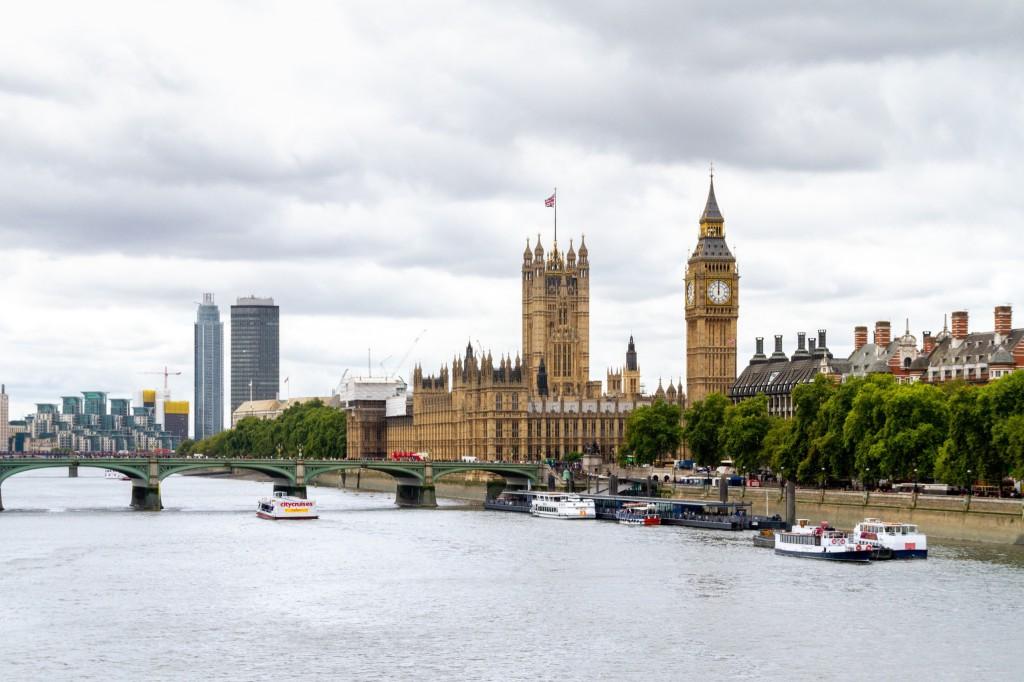 Landmarks on the River Themes - © Dimitry Anikin