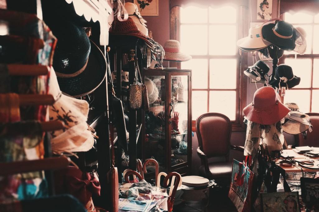 Vintage goods © Onur Bahcivancilar