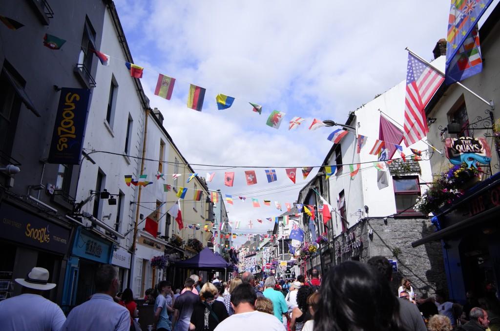 Street in Galway © Ruby Doan